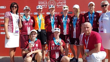 Latvijas telpu futbola meitenēm sudrabs SO Pasaules spēlēs