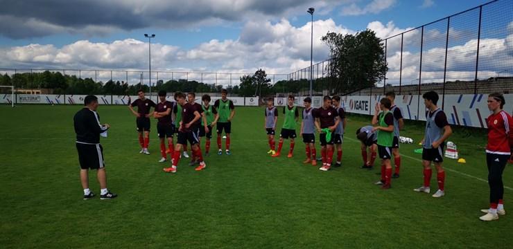 Latvijas U-17 izlase pārbaudes spēlē uzvar FK Jelgava-2 komandu