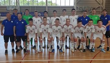 U-19 telpu futbola izlasei zaudējums pārbaude spēlē