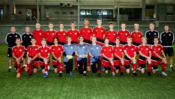 Foto: U-16 izlases treniņš pirms došanās uz Maldīvu Salām