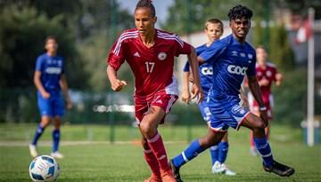 Foto: Latvijas U16 futbolisti Neatkarības kausa izcīņā