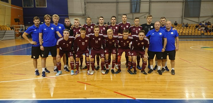 Latvijas U-19 telpu futbola izlase uzvar Nīderlandi