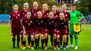 Sieviešu futbola izlase EČ kvalifikāciju sāk ar zaudējumu Zviedrijai