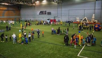 Rīgas Futbola svētkos dalībnieku rekords