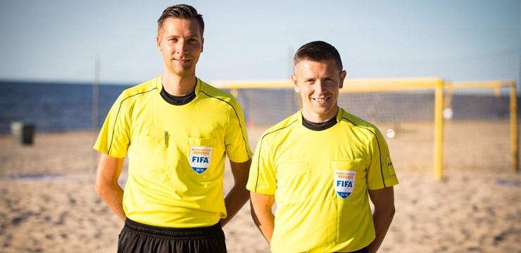 Latvijas pludmales futbola tiesnešiem šogad tika uzticēts darbs vairākos nozīmīgos starptautiskos turnīros