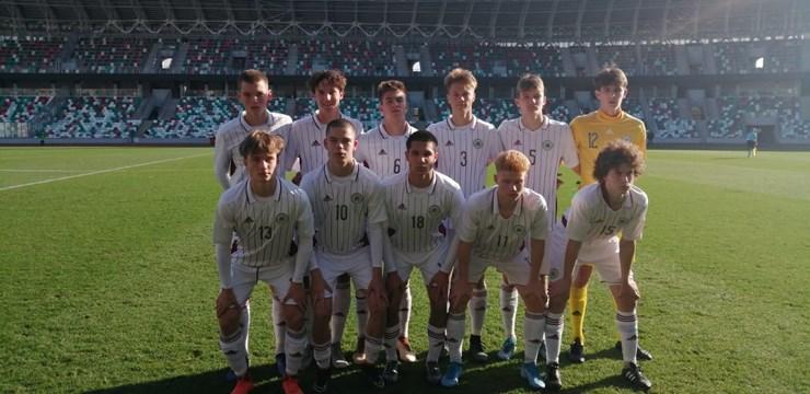 Latvijas U-17 izlase trenerim dzimšanas dienā dāvā uzvaru pār Serbiju