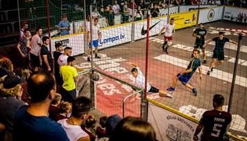 Ghetto futbols iesoļos Eiropas lielākajās pilsētās