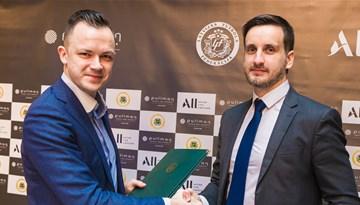 """Latvijas nacionālās izlases atbalstītājiem pievienojas viesnīca """"Pullman"""""""