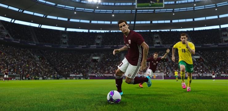 Latvijai vēsturiskā pirmā uzvara e-futbolā - pār Spāniju