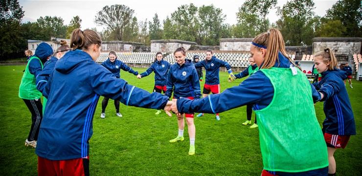 UEFA paziņo koriģēto spēļu kalendāru EČ kvalifikācijai sievietēm