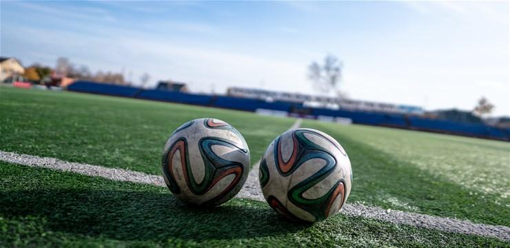 Divpadsmit klubu 2. līgā, 34 klubi - 3. līgā