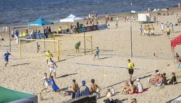 Latvijas-Igaunijas pludmales futbola līgā notiks piektā un sestā posma spēles