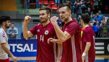 Telpu futbola izlase septembrī divreiz uzņems Poliju