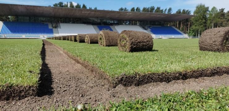 Piecos stadionos pabeigta modernu laukuma laistīšanas sistēmu ierīkošana