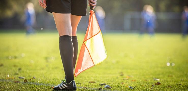 Priekšlaicīgi pārtrauc Sieviešu futbola līgas čempionātu