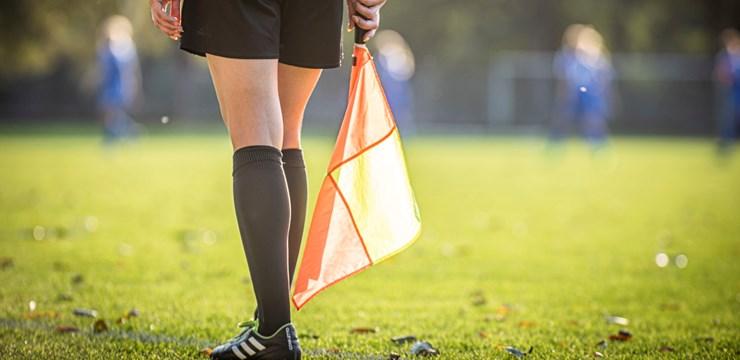 Pieejama futbola spēles noteikumu jaunākā redakcija latviešu valodā