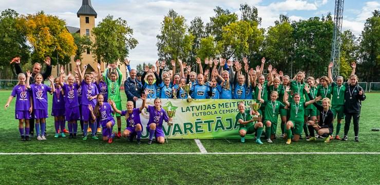 U-16 Meiteņu čempionātā triumfē Rīgas Futbola skola