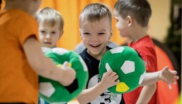 Notiks futbola festivālu sērija bērniem
