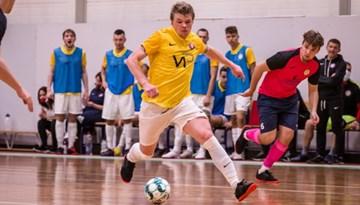 Telpu futbola Virslīgas sezona sākas ar vadošo vienību panākumiem